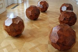 Ai Weiwei - Holzkugeln